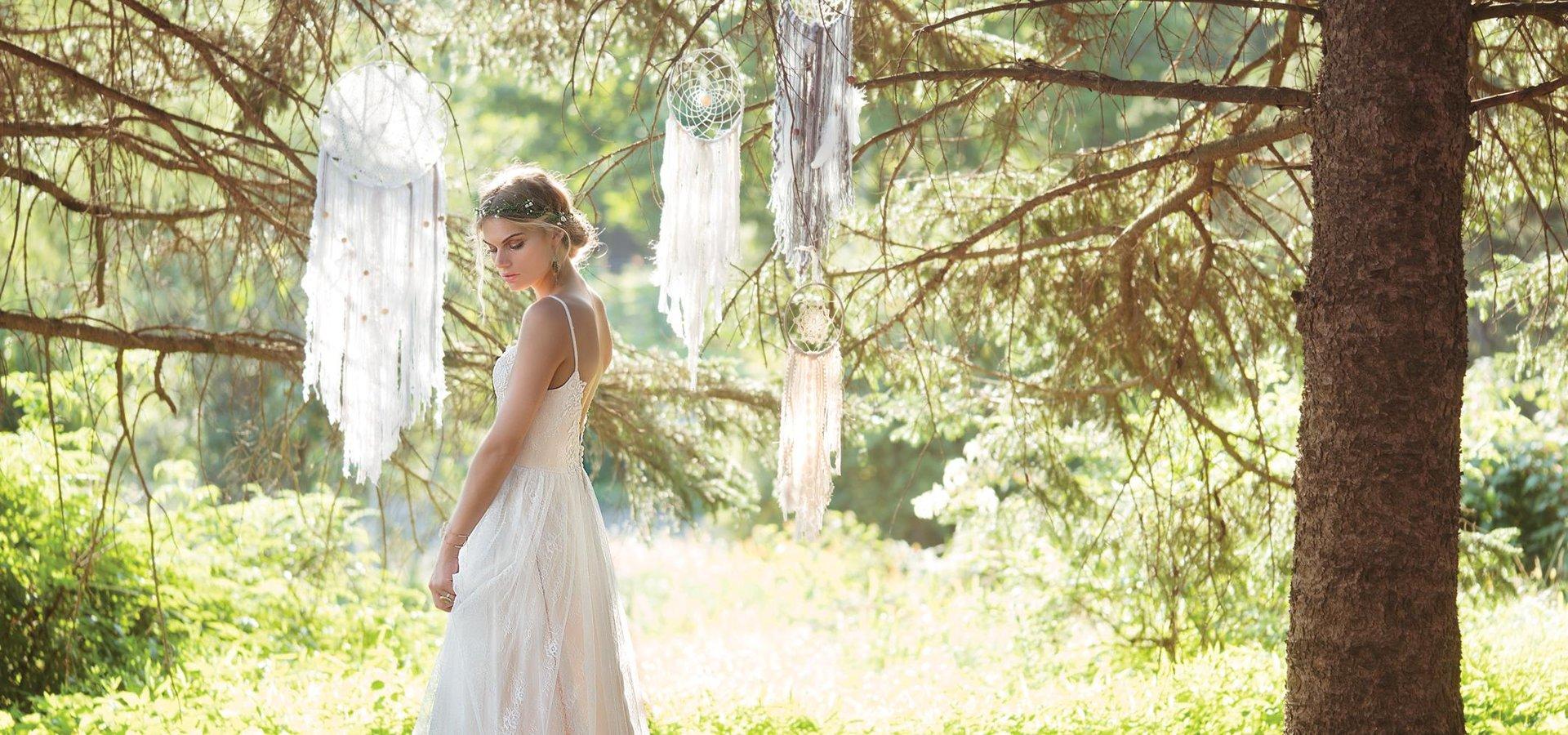 In Love Brautmode Im Vintage Look Hochzeitsmode